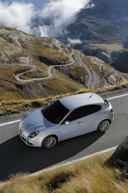 2014 Alfa Romeo Giulietta 30