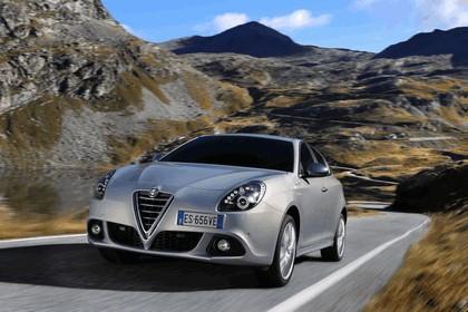 2014 Alfa Romeo Giulietta 34