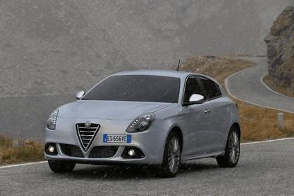 2014 Alfa Romeo Giulietta 36