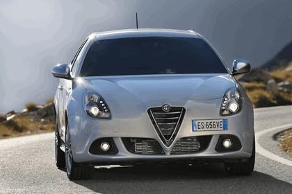 2014 Alfa Romeo Giulietta 37