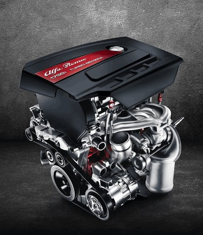2014 Alfa Romeo Giulietta 39