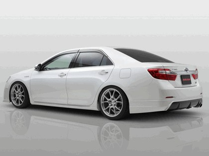 2013 Toyota Camry Hybrid by AsukaJapan 2