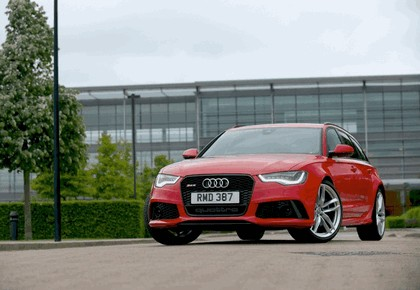 2013 Audi RS6 Avant - UK version 57
