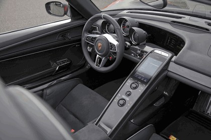 2014 Porsche 918 Spyder 15