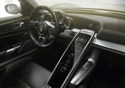 2014 Porsche 918 Spyder 17