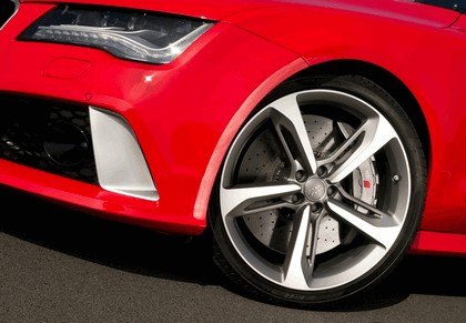 2013 Audi RS7 - UK version 40