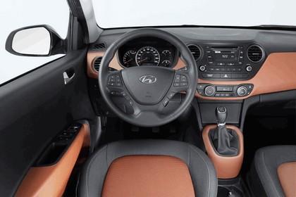 2013 Hyundai i10 13