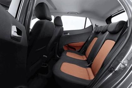 2013 Hyundai i10 17