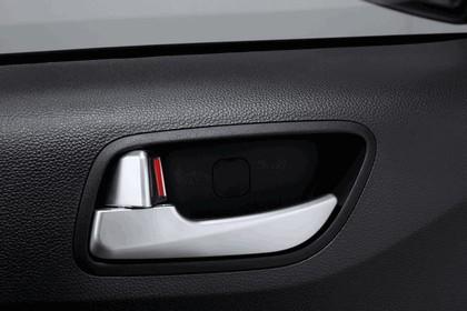 2013 Hyundai i10 18