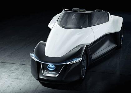 2013 Nissan BladeGlider concept 1
