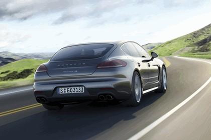 2014 Porsche Panamera 2