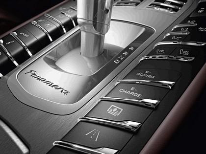 2014 Porsche Panamera 9