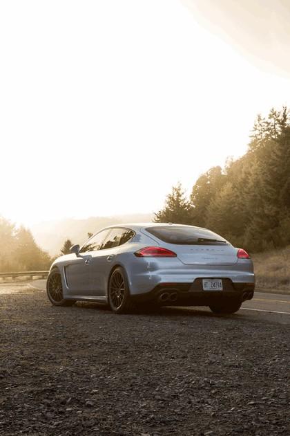 2014 Porsche Panamera 4S 15