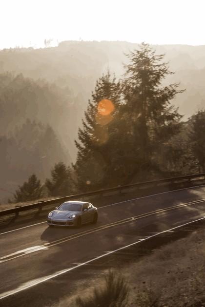 2014 Porsche Panamera 4S 16