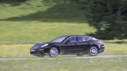 2014 Porsche Panamera 4S 17