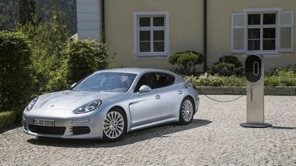 2014 Porsche Panamera S E-Hybrid 12
