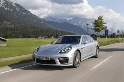 2014 Porsche Panamera Turbo Executive 1