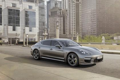 2014 Porsche Panamera Turbo S Executive 1
