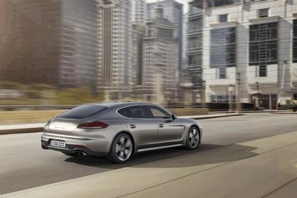 2014 Porsche Panamera Turbo S Executive 2