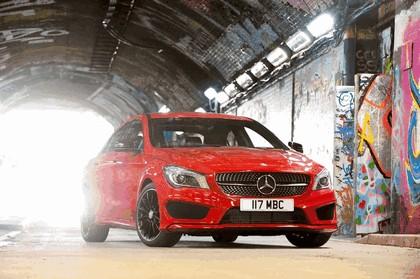 2013 Mercedes-Benz CLA220 ( C117 ) CDI - UK version 11