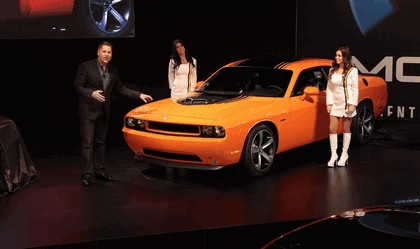 2013 Dodge Challenger HEMI Shaker 9