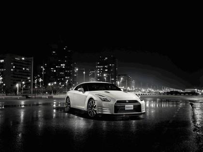 2014 Nissan GT-R ( R35 ) 6