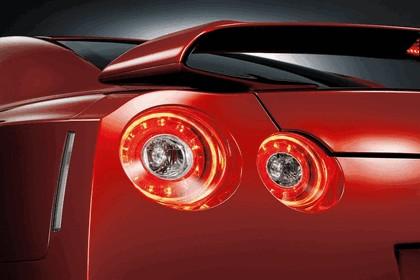 2014 Nissan GT-R ( R35 ) 9