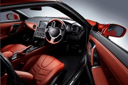 2014 Nissan GT-R ( R35 ) 10