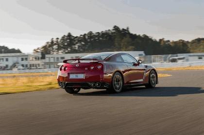 2014 Nissan GT-R ( R35 ) 33