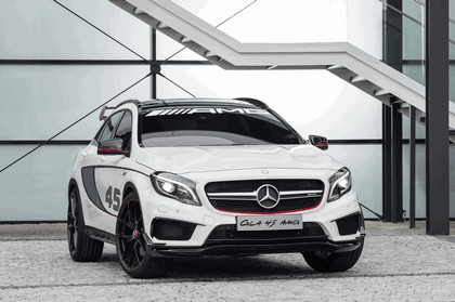 2013 Mercedes-Benz GLA ( X156 ) AMG 45 concept 1
