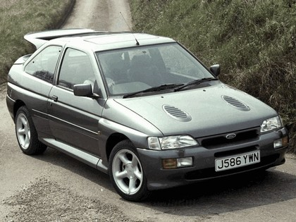 1992 Ford Escort RS Cosworth 9