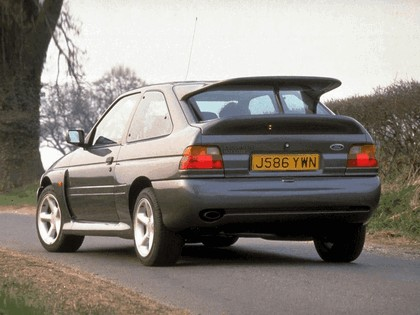 1992 Ford Escort RS Cosworth 11