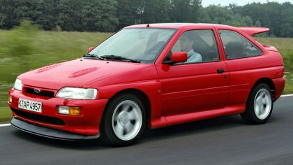 1992 Ford Escort RS Cosworth 7