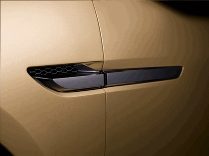 2013 Jaguar C-X17 5-seater concept 16