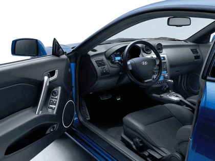 2007 Hyundai Coupe FX 16