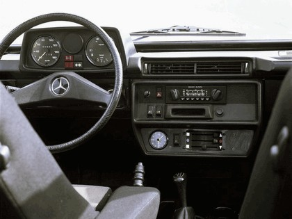 1982 Mercedes-Benz 240 GD SWB ( W460 ) 2