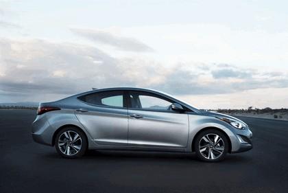 2014 Hyundai Elantra sedan Limited 2
