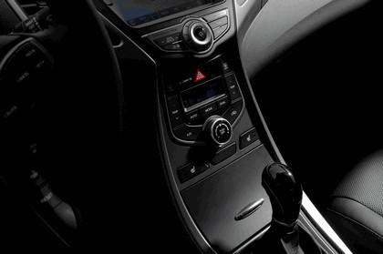 2014 Hyundai Elantra sedan Limited 30