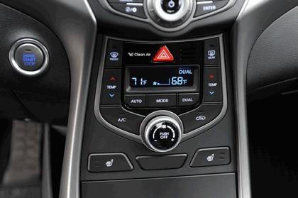 2014 Hyundai Elantra sedan Limited 36