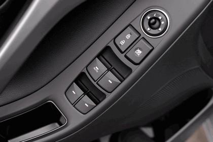 2014 Hyundai Elantra sedan Limited 37