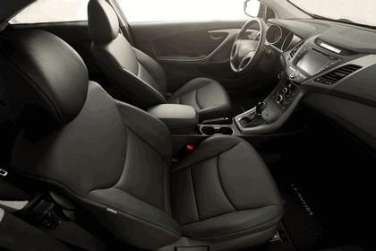 2014 Hyundai Elantra coupé 12