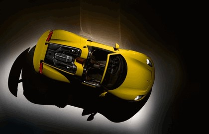 2013 Porsche 918 Spyder - yellow edition 7
