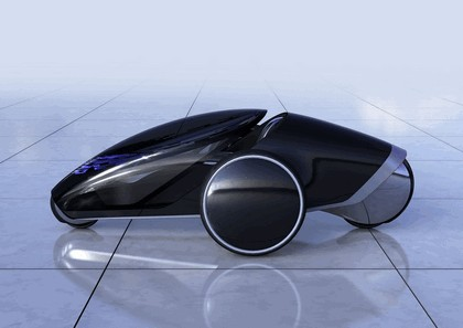 2013 Toyota FV2 concept 2