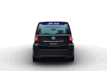 2013 Toyota JPN Taxi concept 8