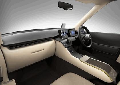 2013 Toyota JPN Taxi concept 15