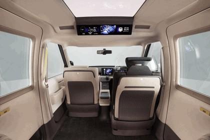 2013 Toyota JPN Taxi concept 20