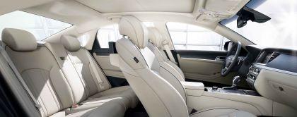 2015 Hyundai Genesis sedan 39