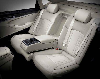 2015 Hyundai Genesis sedan 41