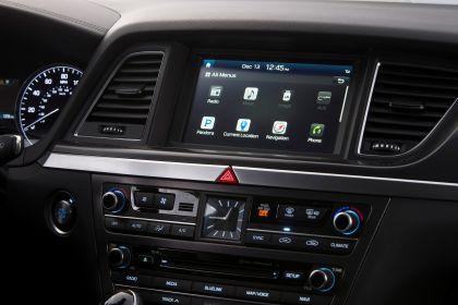 2015 Hyundai Genesis sedan 70