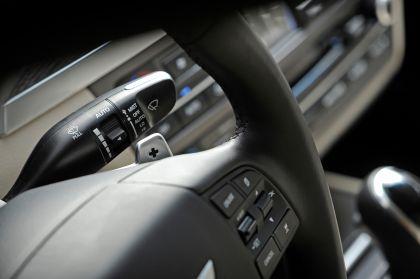 2015 Hyundai Genesis sedan 85